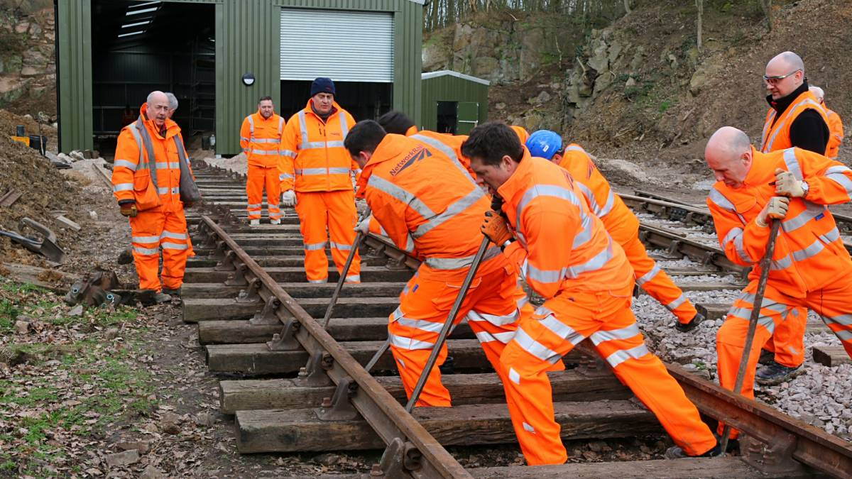 Network Rail Volunteers 5