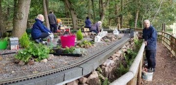 Landscaping the garden railway